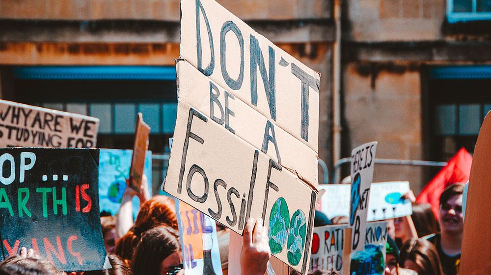 protest-oil