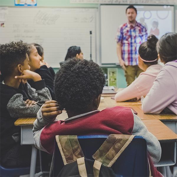 ¿Cómo educar en política desde la escuela?