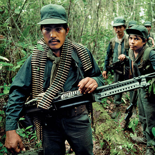 Crisis política en Centroamérica: guerra y paz
