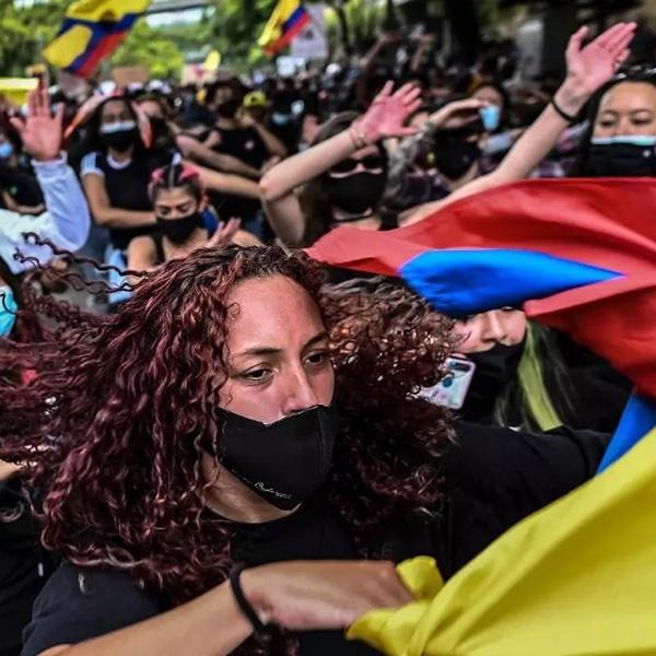 Protesta social y crisis política: algunas ideas para la paz